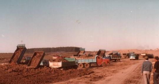 Comienza la construcción (I): primeros movimientos de tierra