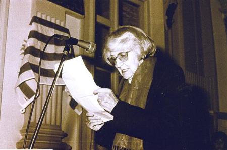 Homenaje a Amabilia Márquez Castro enla IntendenciaMunicipalde Rocha a cargo de Elida Marquizo