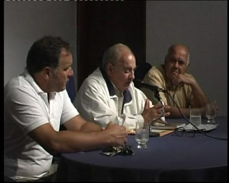 César Di Candia, con el director de la RHR y el Prof. Amauri Cardoso durante la presentación del número cuatro de la revista