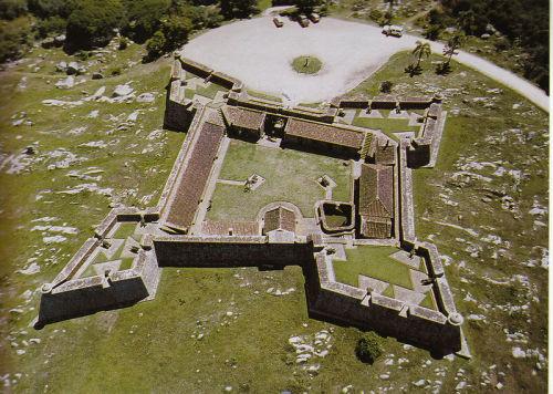 Fuerte de San Miguel, emblema y símbolo