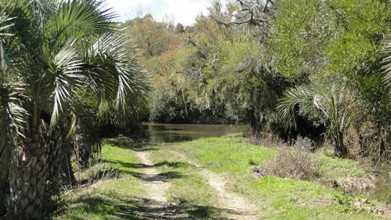 Lugar donde se ubicaba el lavadero público sobre el arroyo Chafalote
