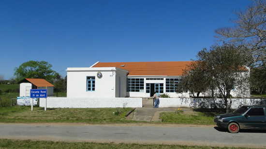 Escuela No. 18 de 19 de Abril