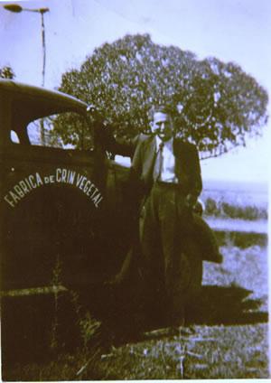 Camión de reparto de la fábrica de crin vegetal (1935)