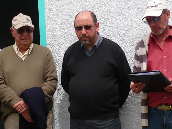 Inauguración de los vestuarios de Baby Fútbol. En la foto: Juan Bentancort, Alfredo Echandy y Eduardo Píriz.