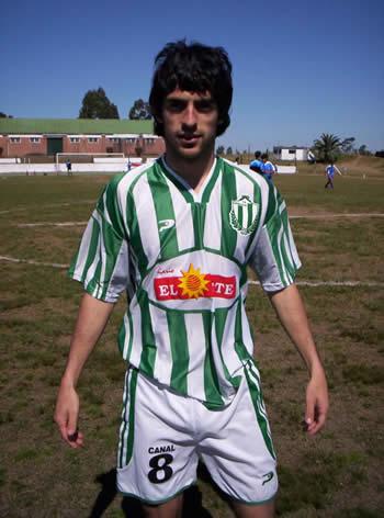 Roberto Pioli, autor del primer gol en Cancha Las Barrancas.