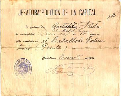 Comprobante del enrolamiento de Aníbal Falco en el Batallón  Voluntarios de Pocitos en 1904, al inicio de la Revolución.