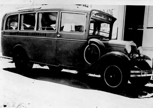 Primer ómnibus que hizo la línea Lascano - Montevideo (1931)