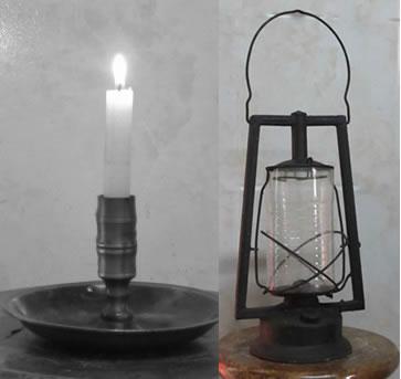 La vela y el farol fueron muy utilizados para iluminar los ambientes hogareños durante la primera mitad del siglo XX.  La primera, todavía se resiste a dejarnos  y muchas veces vuelve a acompañarnos cuando hay un apagón